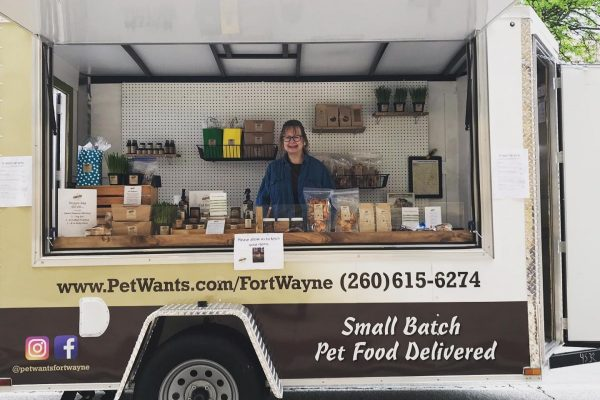 PetWants trailer storefront